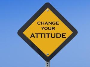 4032246006_orlando_espinosa_change_your_attitude_sign1_xlarge